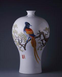 雍荷堂珐琅彩瓷器艺术品